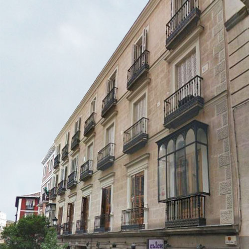 Lorenzo Alonso Arquitectos_ Rehabilitación Edificio de Viviendas en Madrid