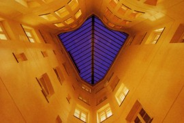 Lorenzo Alonso Arquitectos_IGLESIA DE LA CIENCIOLOGIA MADRID
