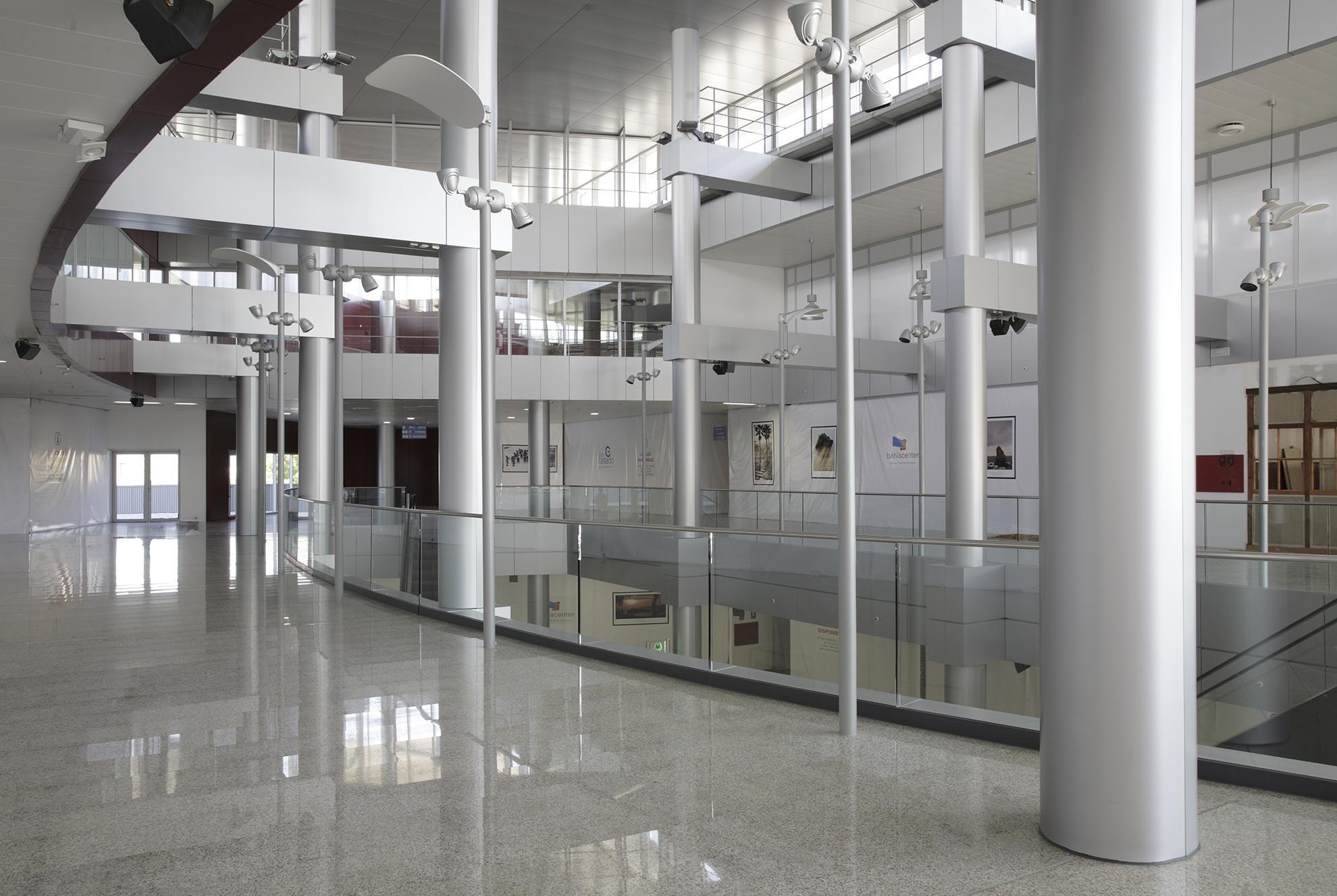 Lorenzo Alonso Arquitectos_Centro Comercial Los Coronales