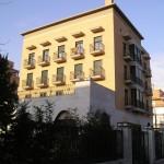 Lorenzo Alonso Arquitectos_ Viviendas, Locales Comerciales y Garaje en Arturo Soria
